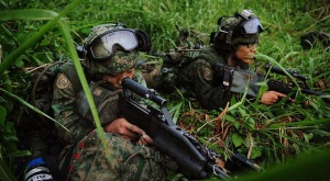 Taken from https://iissvoicesblog.files.wordpress.com/2013/03/singapore-recruits-during-training-photo-cyberpioneer.jpg.