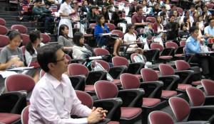 Taken from http://www.unas.org.sg/wp-content/uploads/2015/02/27-un-seminar-940x550.jpg.