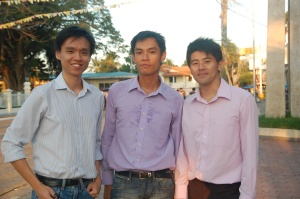 The co-founders of BagoSphere (from left to right), Zhihan Lee, Ivan Lau, and Ellwyn Tan.