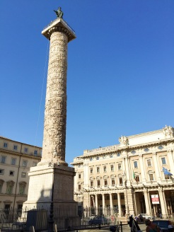 3. In the centre of the Piazza Colonna is the marble Colonna di Marco Aurelio (Column of Marcus Aurelius), the Roman Emperor also known as the philosopher king.