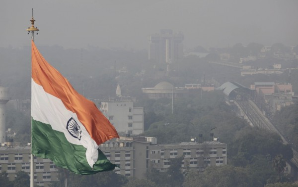 Taken from https://img.washingtonpost.com/rf/image_1484w/2010-2019/WashingtonPost/2015/12/04/Foreign/Images/India_Air_Pollution-0add8-6763.jpg.