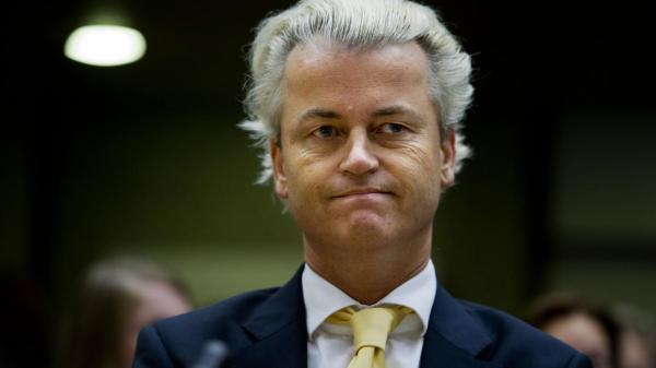 Taken from http://thewashingtonstandard.com/wp-content/uploads/2016/10/geert-wilders-vindt-wilders-game-gestoord-en-ziek.jpg.