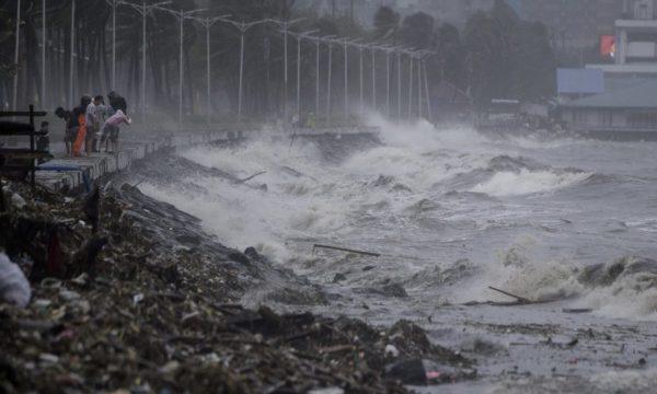 Taken from http://static.atimes.com/uploads/2018/09/Philippines-Typhoon-Mangkhut-Manila-September-14-2018-960x576.jpg.