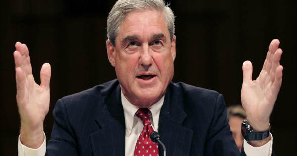 Taken from http://media.heartlandtv.com/images/Robert+Mueller.jpg.
